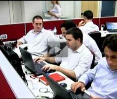 Empresas disputam profissionais com boa qualificação